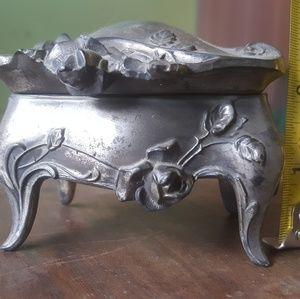 Victorian / antique art nouveau trinket box !
